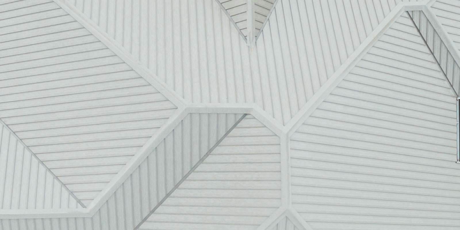 Iridak Long Tile